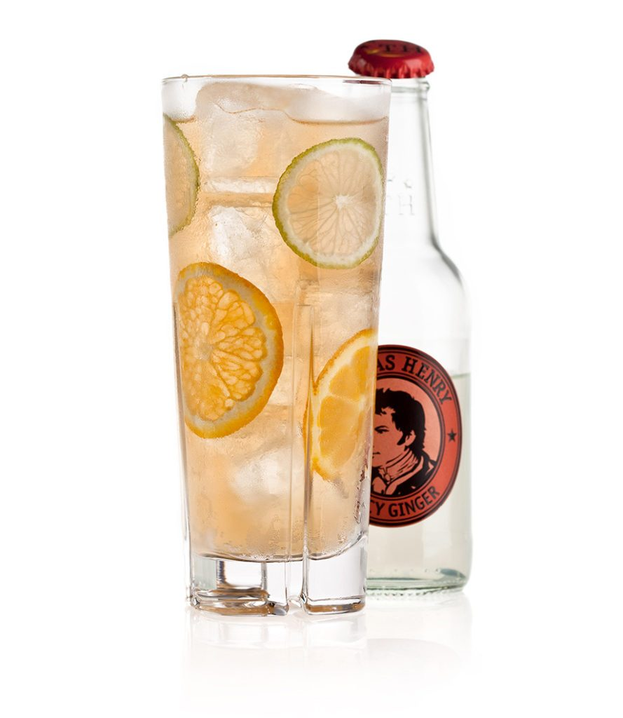 Der Anejo Highball mit Thomas Henry Spicy Ginger