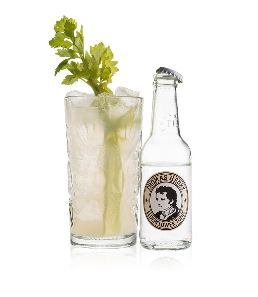 Der Apple & Elderflower Collins mit Thomas Henry Elderflower Tonic