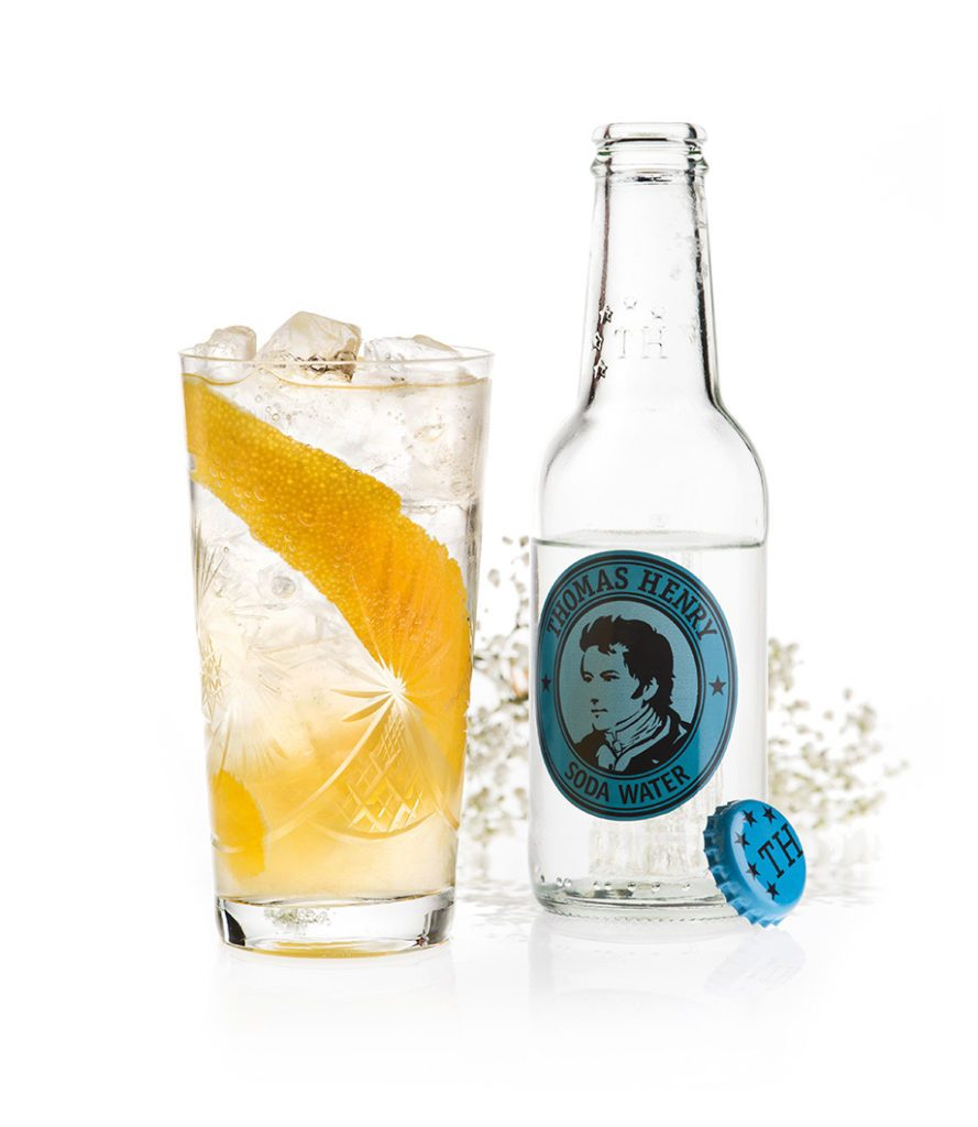 Der Elderflower Collins mit Thomas Henry Soda Water