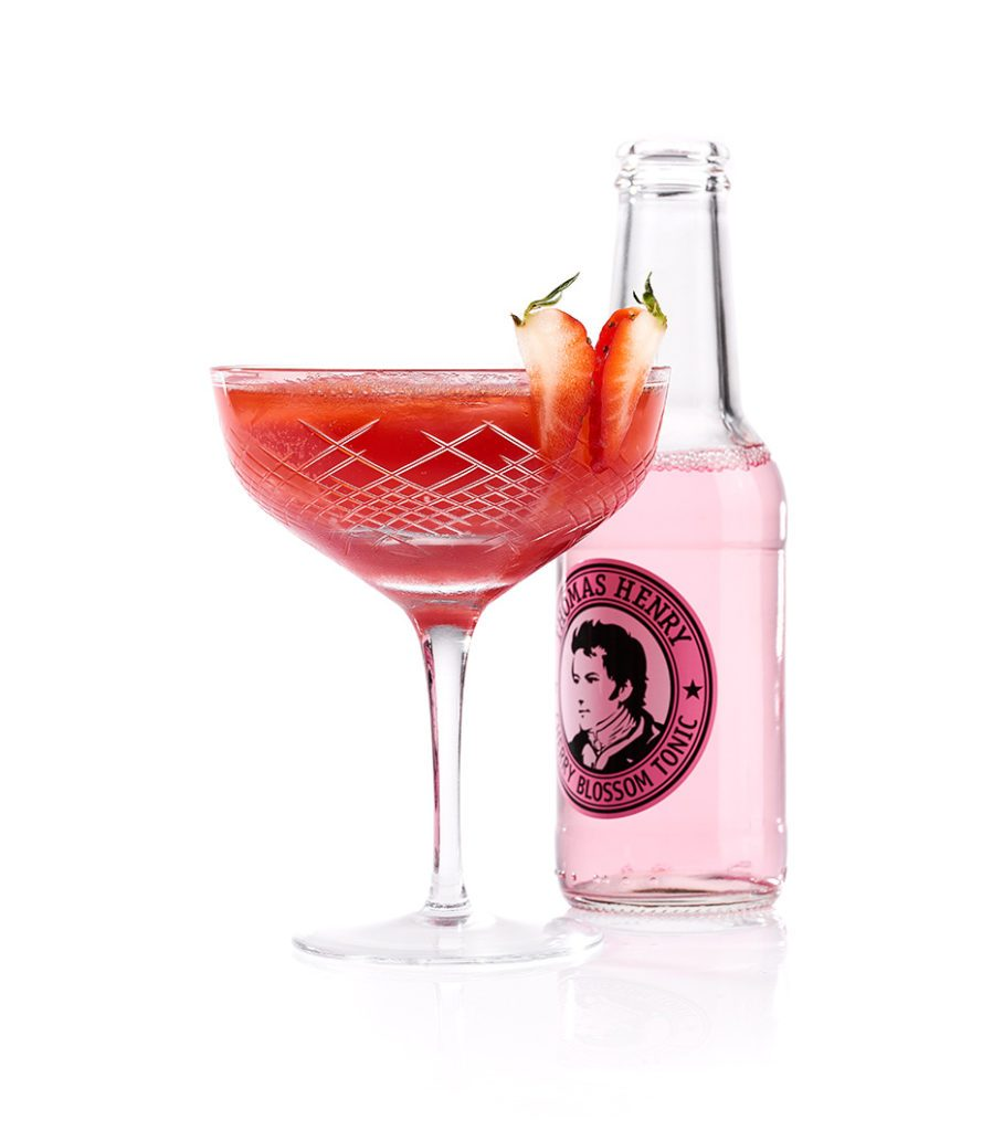 Der Red Butterfly mit Thomas Henry Cherry Blossom Tonic
