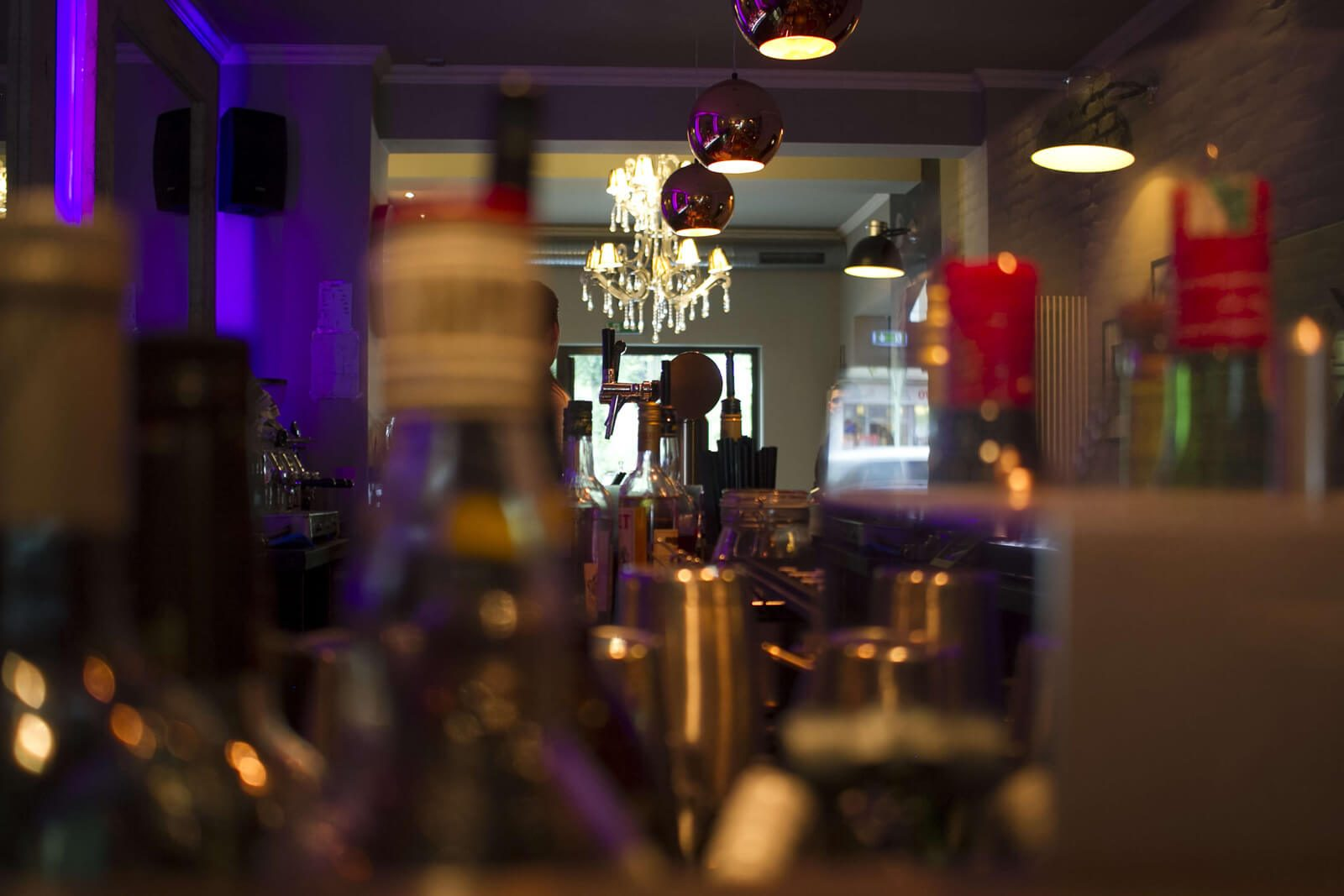 Behind Bars: Gin & Jagger - Thomas Henry