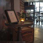 Der Eingangsbereich der Gin & Jagger Bar in Essen