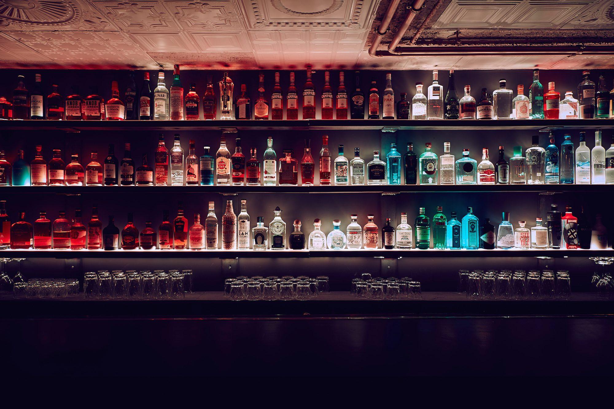 Einblick in die Bar Forty Drops in Düsseldorf