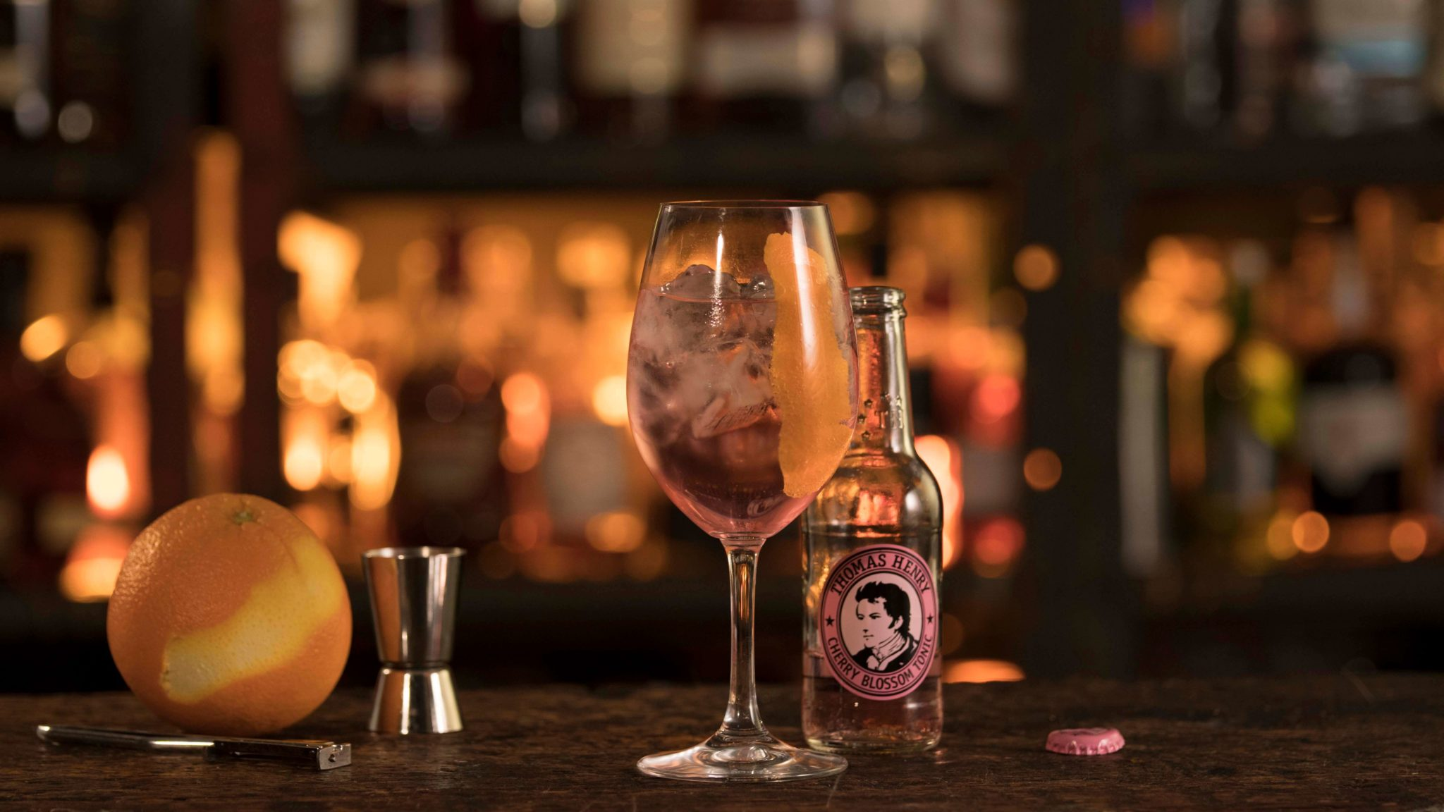 Der Bloomy Cup mit Thomas Henry Cherry Blossom Tonic