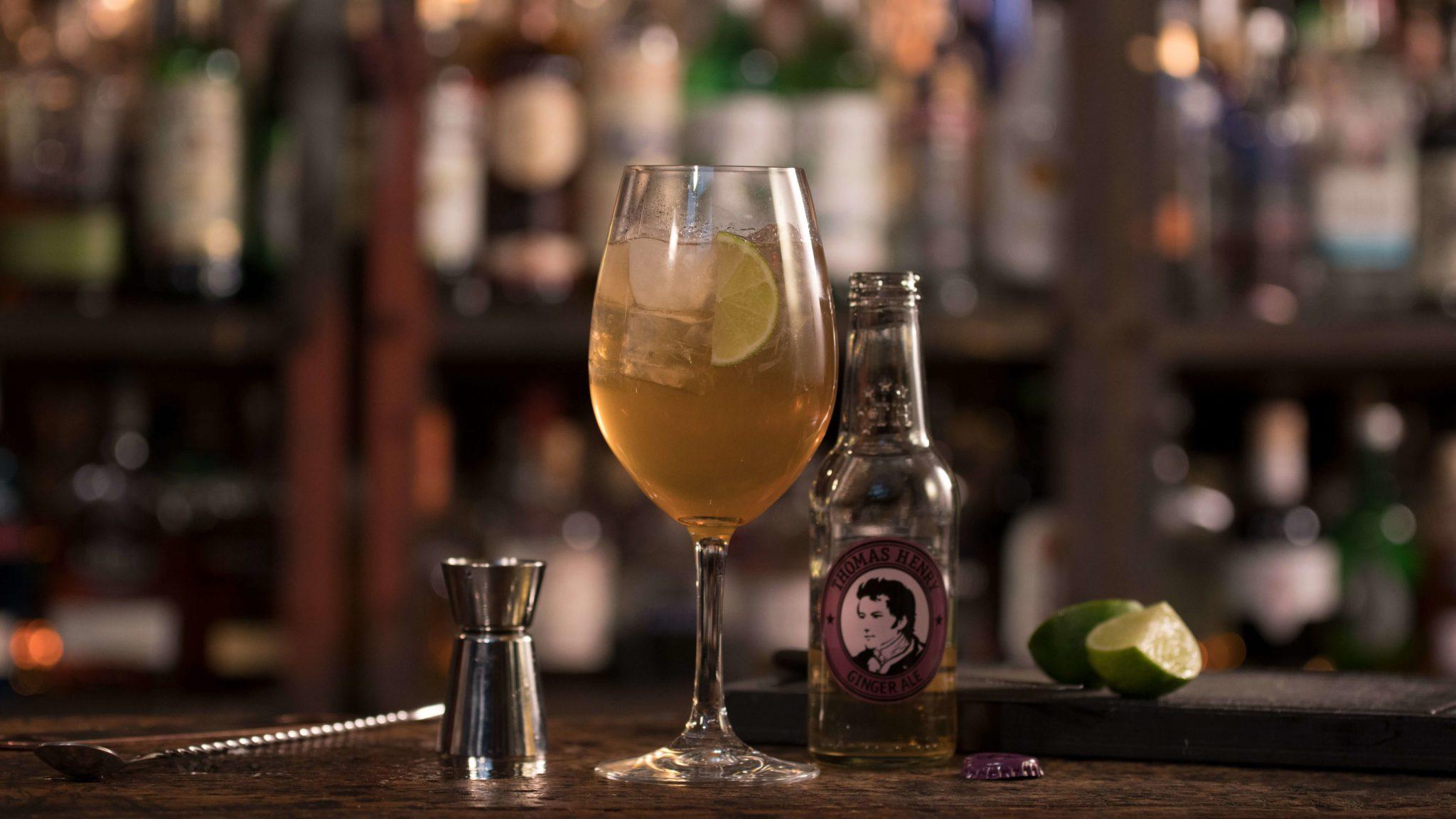 Der El Demonio mit Thomas Henry Ginger Ale