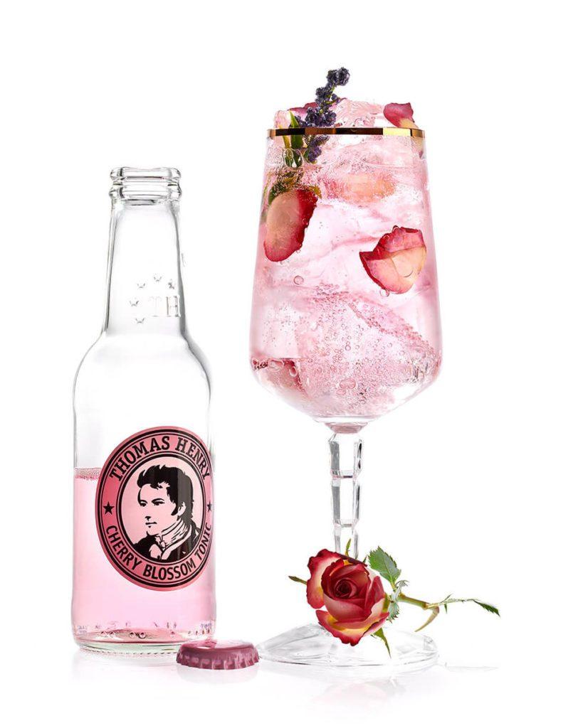 Der Pinke Spritzer mit Thomas Henry Cherry Blossom Tonic