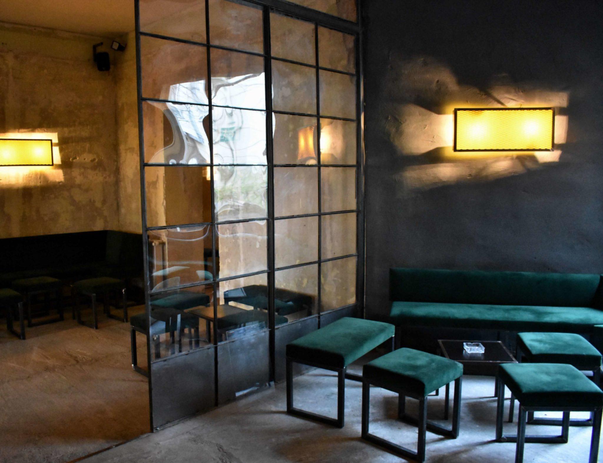 Die Einrichtung in der Berliner Bar Lamm