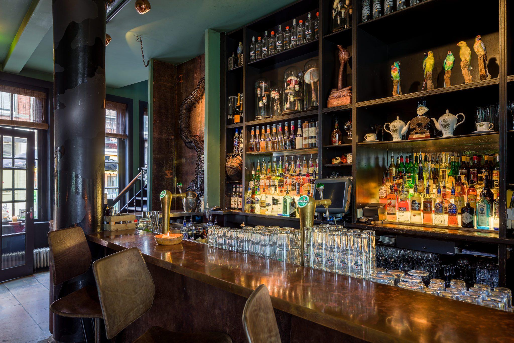 Die Bar in Lion Noir in Amsterdam